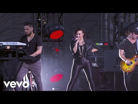 Baixar Demi Lovato - Heart Attack (Tour Warm-Up Live from the Honda Stage)