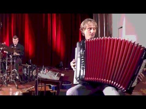 Misko Plavi Trio - Misko Plavi trio -Hotel