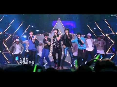 SHINee (Debut)- Replay (Live)
