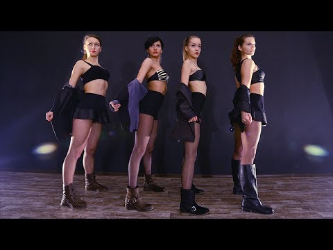 Baixar Rihanna - Pour it up; choreography by Sasha Selivanova; D.side dance studio