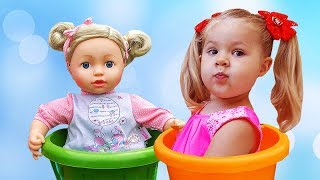 Diana Pretend Play Babysitting Cry Baby Dolls / Nursery Playset Girl Toys