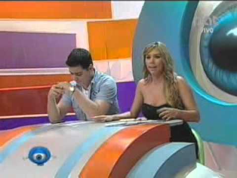 NO EXISTE EL FANTASMA FOLCLÓRICO DEL GRUPO MARIA JUANA  18-08-2011 @ NQV PAT - BOLIVIA