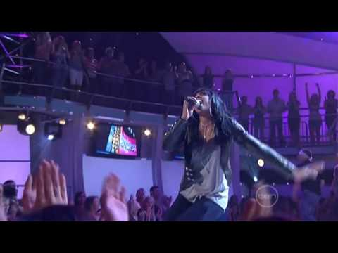 Baixar When Love Takes Over (Live) - David Guetta feat. Kelly Rowland (HD)