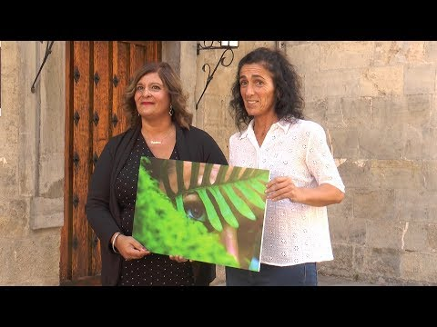 """Cristina Almadaren """"Begiradak"""" argazkia izango da 2019ko Tolosako egutegiaren azala"""