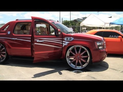 05 Red Chevy Avalanche On 28 Bentchi Rims Hd Videomovilescom