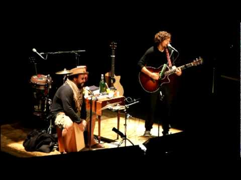 Baixar Jason Mraz & Toca - Living In the Moment - Spreckels - 11-28-2011