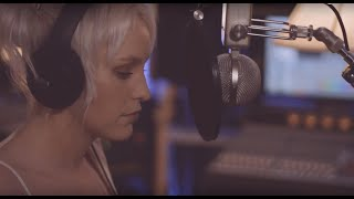Beth McCarthy | Let Me Walk Away  / Hold Me While You Wait (Lewis Capaldi Response Cover)