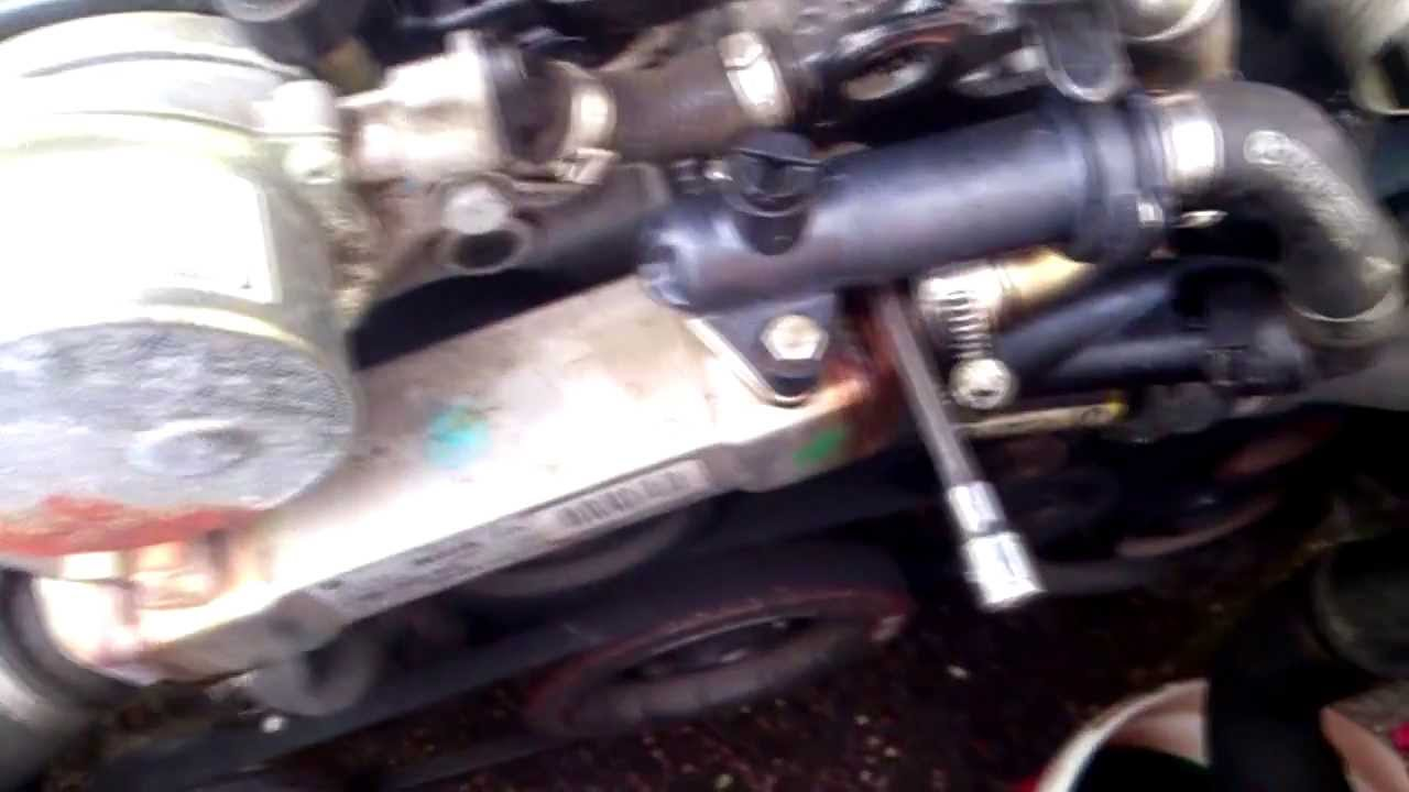 Bmw E60 530d Thermostat Youtube