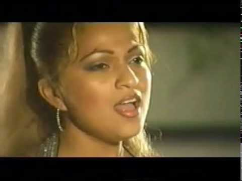 Agua bella - Solo conparame video clip.