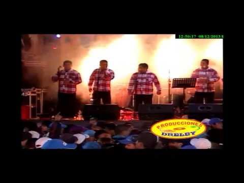 Chacalon Jr  Mix Amor Amor    (( Primicia 2013 ))  Fiestas Patrias  ;)