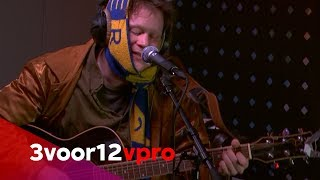 Bull - Live at 3voor12 Radio
