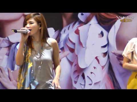 S.H.E 1 花又開好了(1080p)@S.H.E花又開好了夢時代簽唱會