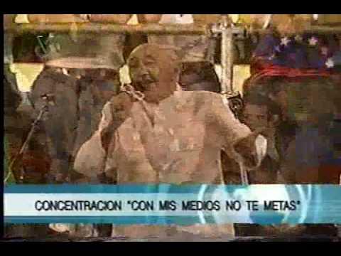 Simón Díaz canta La vaca Mariposa en CCs