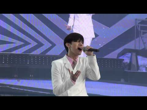 (fancam) SMTown artists - Dear My Family @smtown in seoul 2012