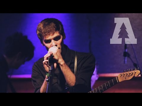Day Wave - Ceremony (New Order Cover) - Shows From Schubas
