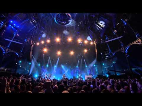 Arctic Monkeys - Why'd You Only Call Me When You're High? (iTunes Festival 2013) [lyrics/legendado]