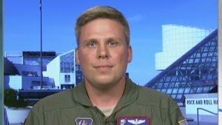 Hero passenger steps in for ailing pilot