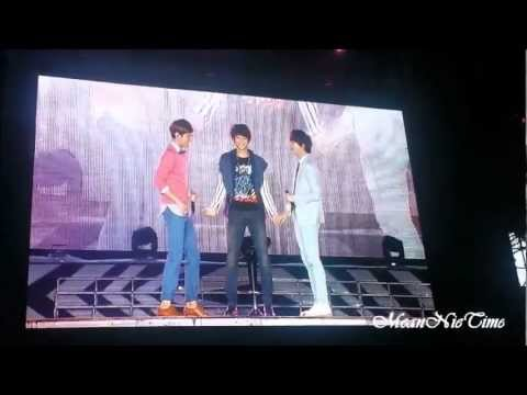 [Screen FANCAM] 121125 SMTown in BKK --Changmin & Kyuhun & Minho - Just the Way You Are