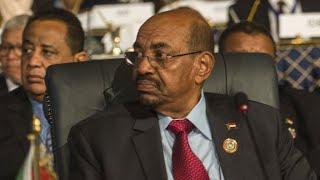 السودان: قرار جمهوري بإعفاء وزير الخارجية من منصبه     -