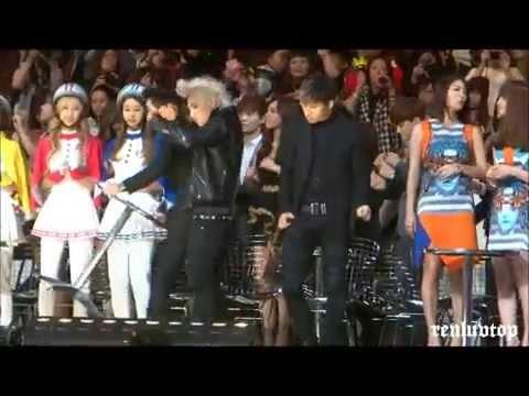 [HD]131122 BIGBANG Taeyang Daesung dancing & Seungri helping EXO @MAMA in Hong Kong Ending