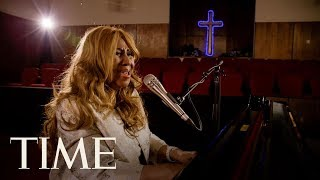 Aretha Franklin Performs 'Rock Of Ages' At The New Bethel Baptist Church: Exclusive   TIME