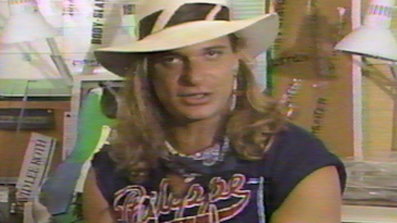 MTV Top 20 Countdown: David Lee Roth [1986]