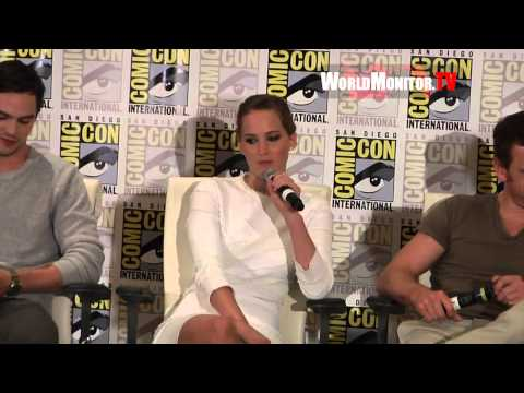 Jennifer Lawrence Hilarious Response at 'X Men: Days of Future ...