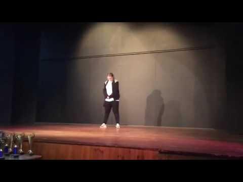 Ellies Dance Solo Nadia Rose skwod / crick neck