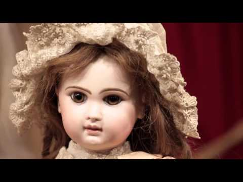 Soiree - French Dolls by Emile Jumeau for Auction May 14, 2016 Part 2