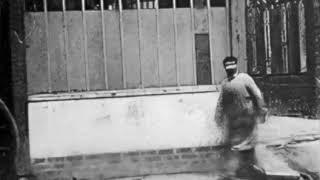 """Man Walking Around a Corner"" HD (Louis Le Prince, 1887)"