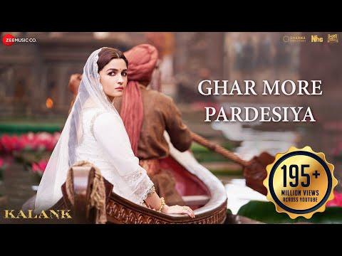 Ghar More Pardesiya - Kalank - Varun, Alia & Madhuri - Shreya & Vaishali - Pritam - Amitabh - Abhishek Varman