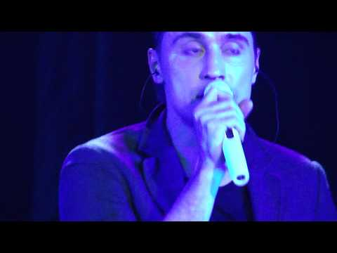 Дима Билан - Shape of my heart (Sting cover) (концерт в Ставрополе, 26.11.2013г.)