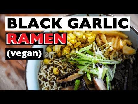 HOW TO MAKE VEGAN RAMEN | TONKOTSU BLACK RECIPE | ビーガンラーメン