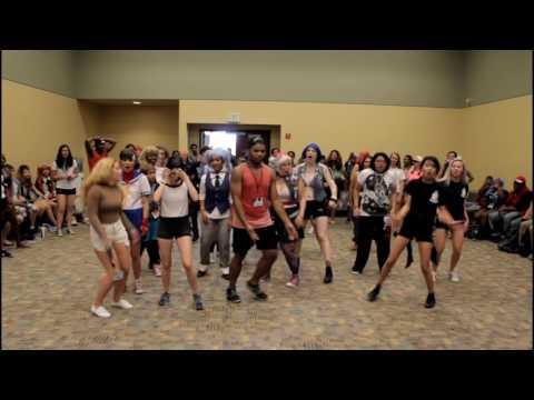[HARU] [@OTAKON 2016] 26 K-pop Dances in 20 minutes (Random Chorus Dance Challenge)