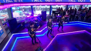 Fall Out Boy - HOLD ME TIGHT OR DON'T (Live On Good Morning America)