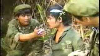 The Chinese PLA 40 Group Army 14 Reconnaissance Brigade in Vietnam battlefield captures captives (1)
