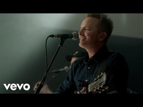 Chris Tomlin - Is He Worthy? (Live)