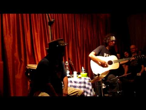 Baixar Jason Mraz - 93 Million Miles (new song) @ house show 14-09-2011