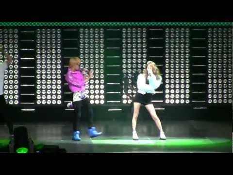 SMTown Live NY Key (Shinee) Krystal f(x)  [111023] [fancam]