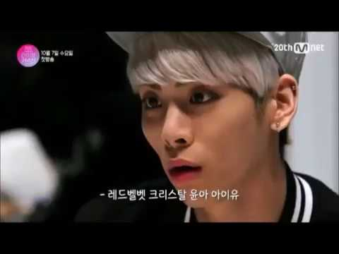 SHINee funny moments Jonghyun