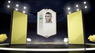 OMG !!! Packed ICON Rolando in Free packs . FIFA 19