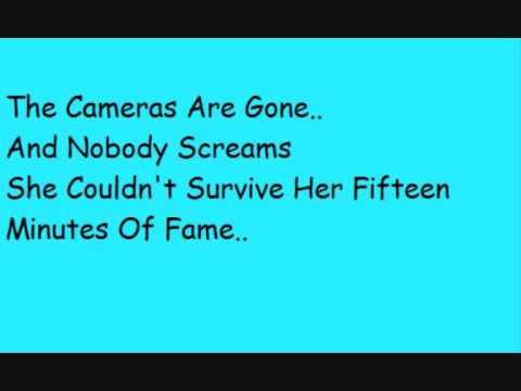 Papa Roach - Hollywood Whore Lyrics