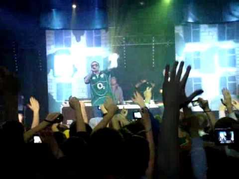 Гуф live @ MILK 13-12-2009 - Ищи на местности feat. Баста