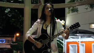 Raquel Lima - 4 Non Blondes - What's Up cover (sem Edição)