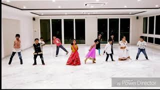 Group dance // chogada Tara// lakebreeze kids