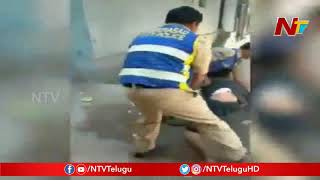 Exclusive: 2 Policemen beats young man Old City, Hyderabad..