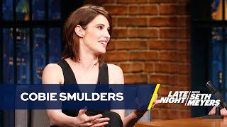 "Cobie Smulders Uses Fans to Answer ""How I Met Your Mother"" Questions"