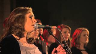 Clannad - I WIll Find You (Theme from The Last Of The Mohicans) (Live)