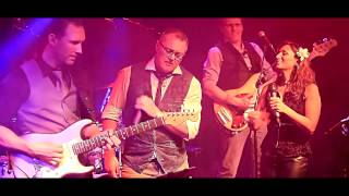 Bekijk video 2 van Coverparty op YouTube