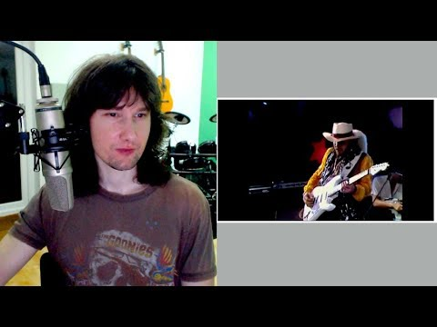 British guitarist reaction to Stevie Ray Vaughan's ridiculous playing.